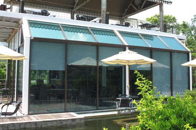 這間玻璃咖啡屋是雙溪地區的第一間咖啡屋...